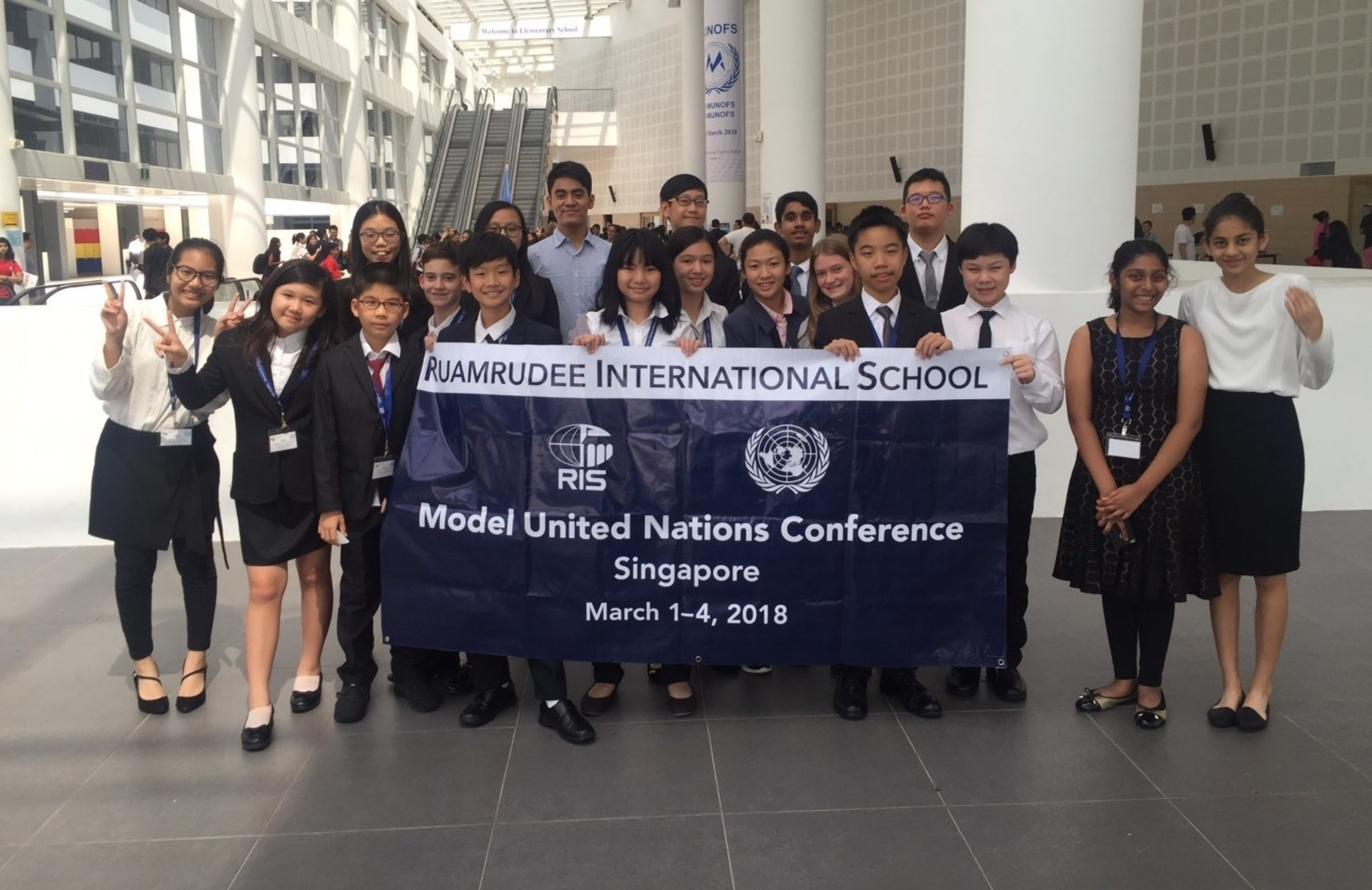 MS Students to Model United Nations Conference in Singapore (MUNOFS)