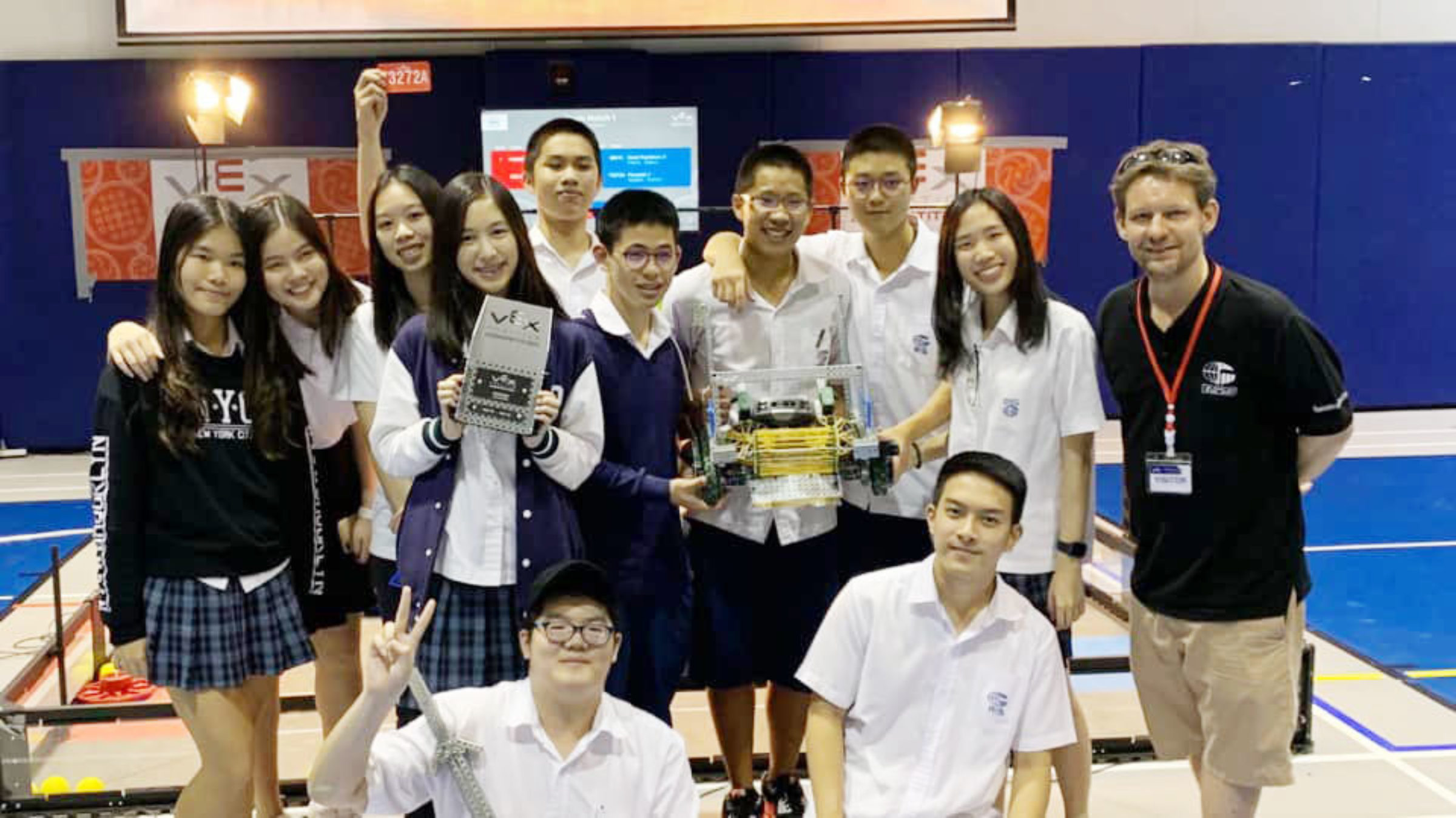 VEX Thailand Robotics Competition: RIS Finalists and Winners of the Design Award